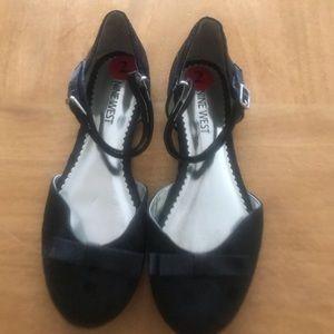 Nine West Girls Size 2 Black Dress Shoes